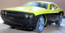 Light Riders 1/24 2010 Dodge Challenger RC Car